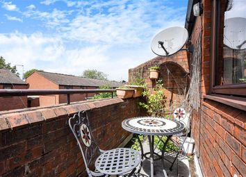 Thumbnail Flat for sale in Beswick Mews, West Hampstead, London