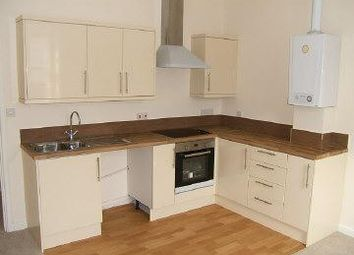 Thumbnail 1 bed flat to rent in Avenue Road, Torquay