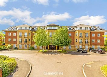 Thumbnail 2 bed flat for sale in Dexter Close, St Albans, Hertfordshire
