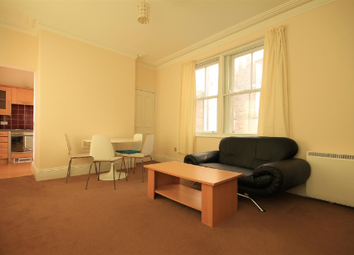 Thumbnail 1 bed flat to rent in Calvert Avenue, London