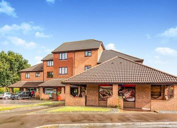 Thumbnail 2 bed flat to rent in Guinea Court, Chineham, Basingstoke