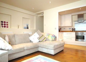Thumbnail 2 bed flat to rent in Rectory Road, Stoke Newington