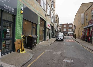 Thumbnail Leisure/hospitality to let in Batty Street, London