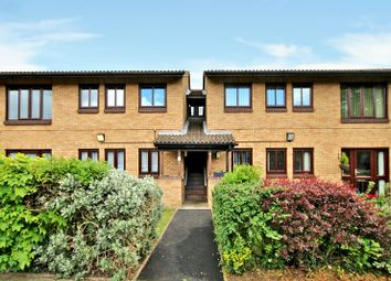 Thumbnail 2 bedroom flat for sale in Baltimore Place, Welling, Kent