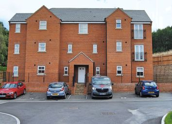 Thumbnail 1 bed flat to rent in Eyam Way, Grantham
