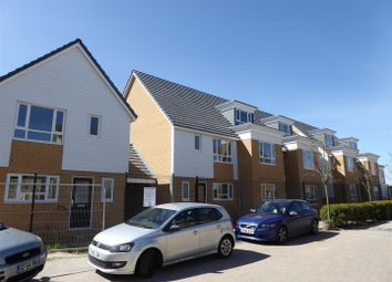 3 bed link-detached house to rent in Observatory Way, Ramsgate CT12