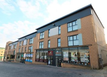 2 bed flat to rent in Castle Street, Hamilton, South Lanarkshire ML3