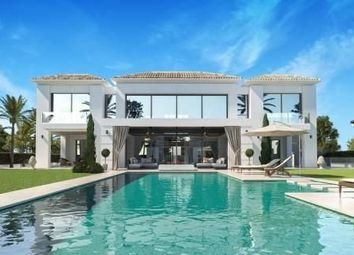 Thumbnail 5 bed villa for sale in Málaga, Spain