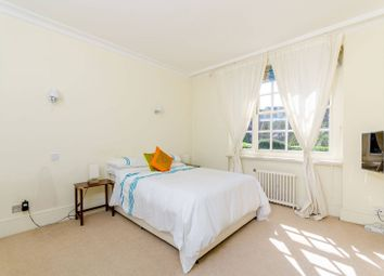 Thumbnail 2 bedroom flat for sale in Avenue Lodge, St John's Wood