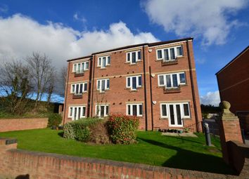 2 bed flat to rent in Milford Road, Sherburn In Elmet, Leeds LS25