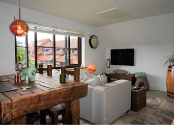 Thumbnail 2 bed flat for sale in Mount Road, St. Albans