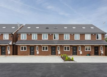 4 bed town house to rent in Reet Gardens, Stoke Gardens, Slough SL1