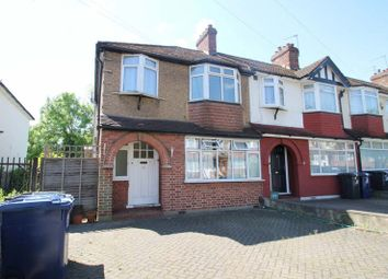 Thumbnail 1 bed flat to rent in Wadham Gardens, Greenford, Middlesex