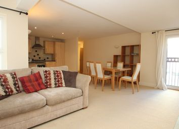 Thumbnail 2 bed flat to rent in Crescent Avenue, The Hoe, Plymouth