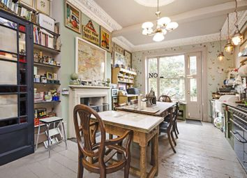 Thumbnail 6 bed property for sale in Amhurst Road, Hackney