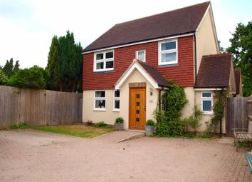 Tinsley Green, Crawley RH10. 4 bed detached house for sale