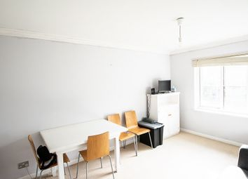 Thumbnail Flat to rent in Victoria Road, London