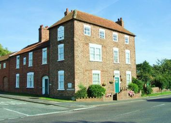 Thumbnail Hotel/guest house for sale in High Street, Marton, Gainsborough