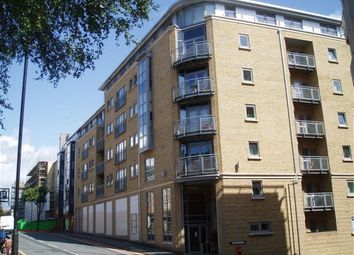 Thumbnail 8 bed duplex to rent in Montague Street, Bristol