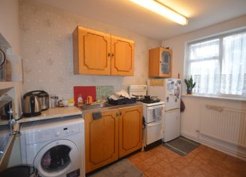 Thumbnail 1 bed flat to rent in Haldon Colse, Chigwell