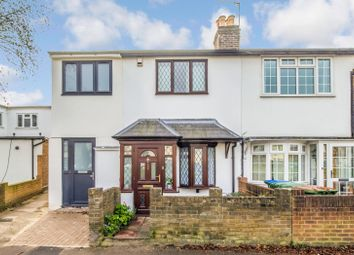 2 bed property for sale in Walton Road, West Molesey KT8