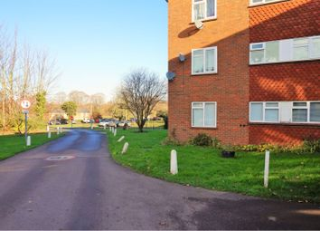 Thumbnail 2 bedroom flat for sale in Fountain Court, Evesham