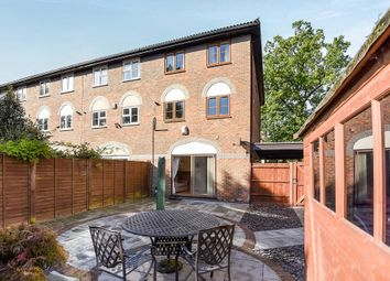 4 bed town house for sale in The Avenue, Berrylands, Surbiton KT5