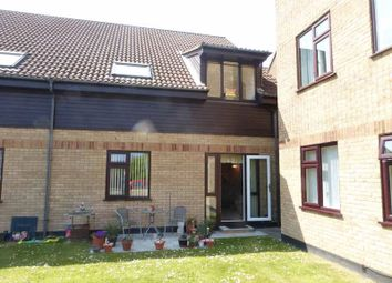 Thumbnail 1 bedroom flat for sale in Links Road, Gorleston, Great Yarmouth