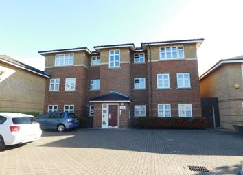 Thumbnail Room for sale in William Close, Southall