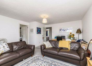 2 bed flat to rent in Elderfield Place, London SW17