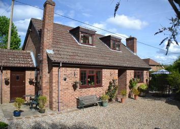 Thumbnail 3 bed detached house for sale in Broad Halfpenny Lane, Tadley