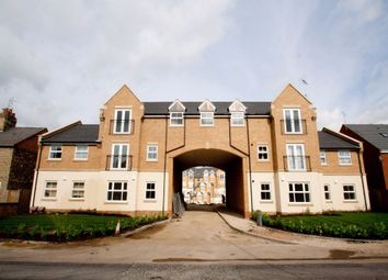 Thumbnail 1 bed flat to rent in Eagle Close, Leighton Buzzard, Bedfordshire