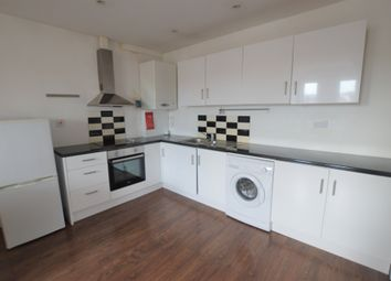 Thumbnail 1 bed flat to rent in Peckham High Street, London