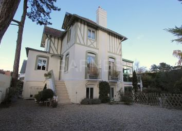 Thumbnail 4 bed villa for sale in Deauville/Tourgeville, Deauville/Tourgeville, France