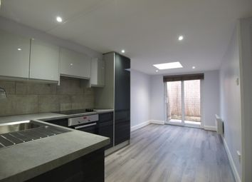 Thumbnail 1 bedroom flat to rent in Hornsey Road, Islington