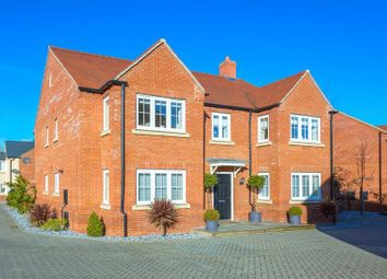 Thumbnail 5 bedroom detached house for sale in Turnpin Close, Buckingham