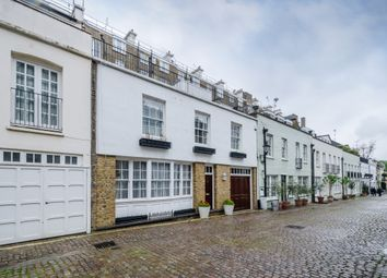 Thumbnail 3 bed mews house to rent in Ennismore Mews, London