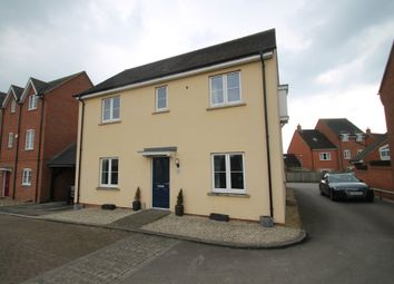 Thumbnail 3 bed detached house for sale in Leys Close, Buckingham Park, Aylesbury