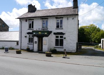 Thumbnail Pub/bar for sale in Garndolbenmaen