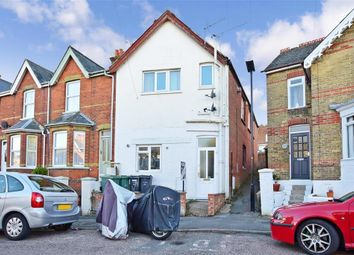 Thumbnail 2 bedroom flat for sale in Tennyson Road, Cowes, Isle Of Wight