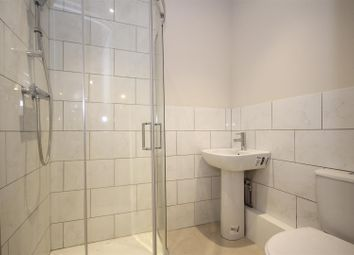 Thumbnail 4 bed detached house to rent in Grand Avenue, Wembley
