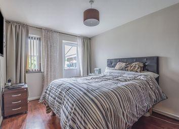 2 bed maisonette for sale in Camelot Close, London SE28
