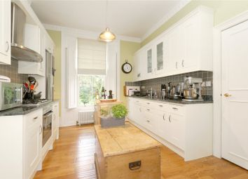 2 bed maisonette to rent in Oakley Road, De Beauvoir Town, Islington, London N1