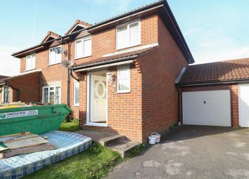 3 bed semi-detached house to rent in Evans Road, Ashford, Kent TN24