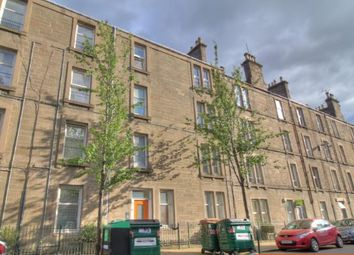 2 bed flat to rent in Park Avenue, Stobswell, Dundee DD4