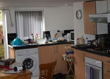 Thumbnail 2 bed property to rent in Estcourt Terrace, Headingley, Leeds