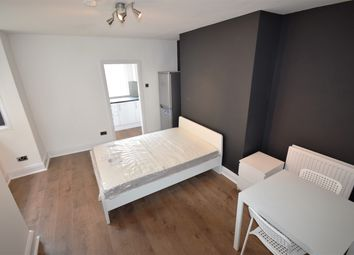 Thumbnail Studio to rent in Brentwood, Salford