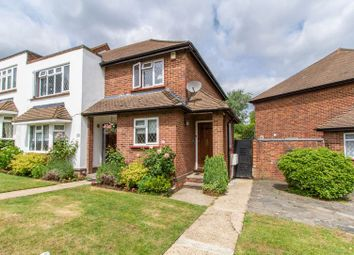 Thumbnail 2 bedroom flat for sale in Warren Court, Chigwell