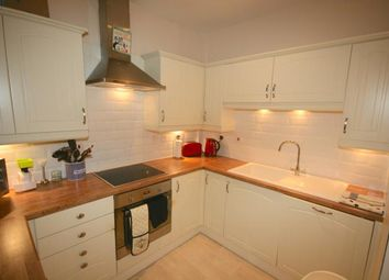 Thumbnail 4 bed flat to rent in Bruntsfield Place, Edinburgh
