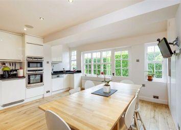 Corringway, Hampstead Garden Suburb, London NW11. 2 bed property